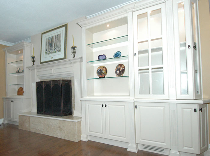 Custom cabinetry built in wall units mississauga for Building custom kitchen cabinets