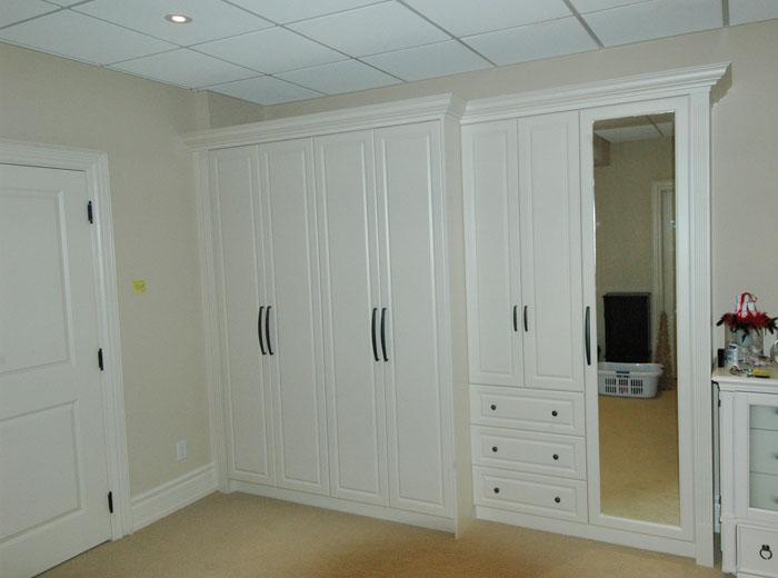 Custom Closet In White
