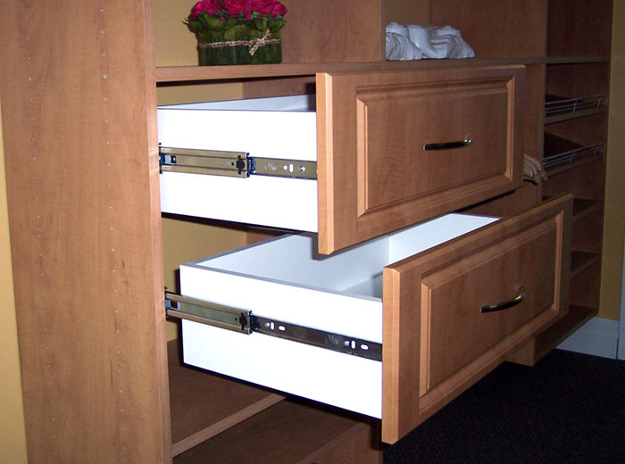 Custom closet drawers - Full extension runners for all drawers